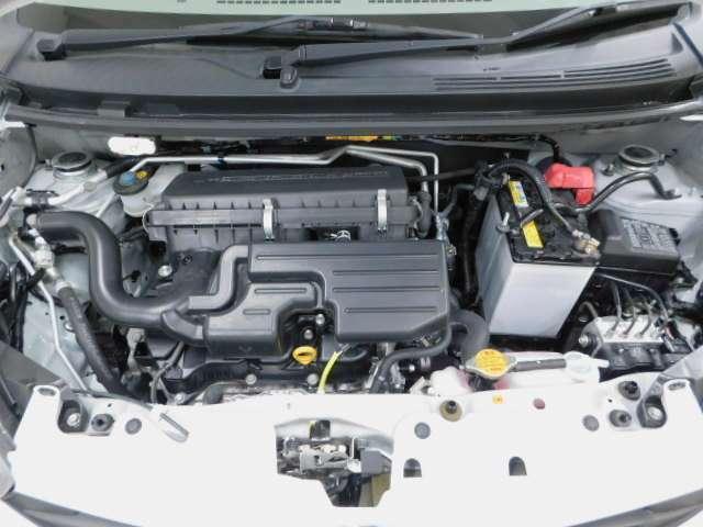 エンジンルームもピカピカです!整備が行き届いている証拠です。