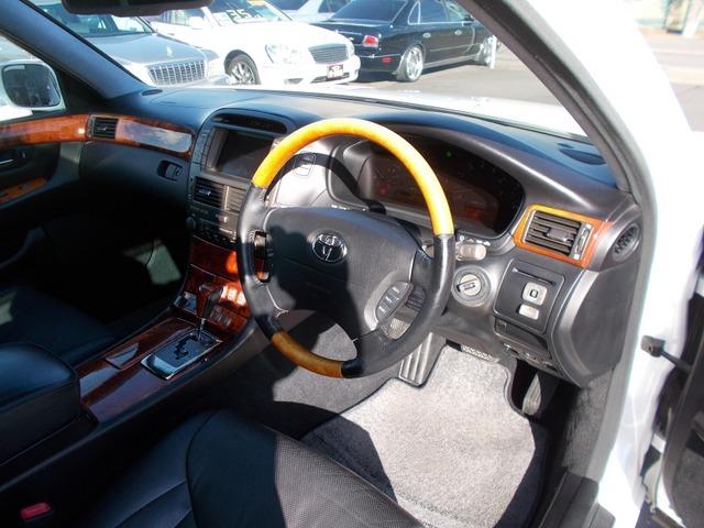 車検・修理は当然ですがカー用品やリサイクルパーツ(中古部品)ボディコーティング・ウィンドウフィルム施工~ウィンドウリペア、名義変更代行に至るまで何なりとお申し付け下さいませ!