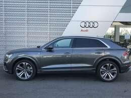 Audi認定中古車保証には、24時間365日のロードサービス・『エマジェンシーアシスタンス』を無償付帯。専門のスタッフが緊急コールにお応えします。お問合せはフリーダイヤル【0066-9711-222859】へ