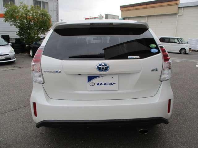 トヨタのお店でU-Carを購入すると、1年間ならどれだけ走っても保証される「ロングラン保証」が自動的に無料でついてきます。