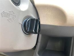クルマのある生活に、もっと安心を。】ガリバーの保証は、走行距離は無制限!電球や消耗品やナビ等の社外品も保証対象。末永いカーライフに対応する充実した保証内容です。