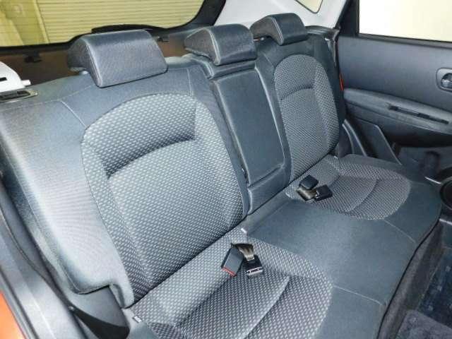 座りやすいシートで長距離乗っても疲れにくいしーとです。