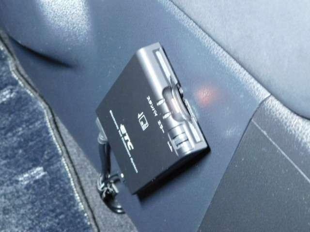 高速道路で便利なETC付いています。