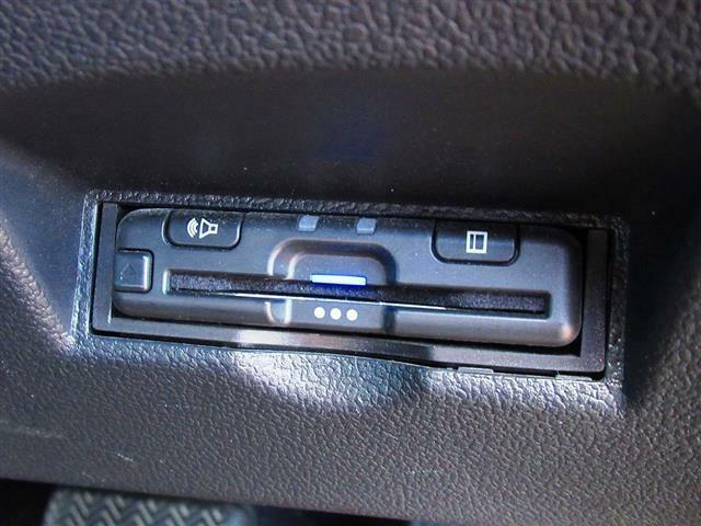 後期型 セーフティセンス SDナビ DVD再生 フルセグ Bluetooth バックカメラ シートヒーター LEDライト ETC ソナー ACC 純正17インチAW スマートキー リアフィルム貼り AUTO格納ミラー