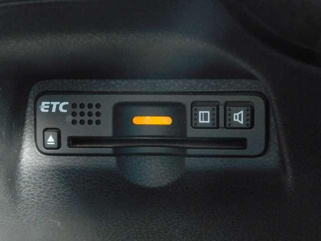 最近では欠かさせないETC装備です♪高速道路も楽々通過です♪