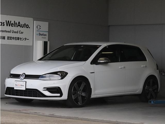 好評のGOLF・R入庫です。今回のモデルは2018年モデルピュアホワイトになります。2000CC・310馬力「カタログ値」をご自身の愛車としてご検討ください。