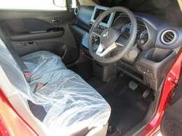 新車時の保護カバーがそのままに!当然汚れもスレも嫌な臭いなどもナッシング♪