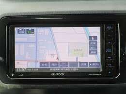 社外ナビゲーション付き♪ワンセグTV・DVD・CD・AM・FMが視聴可能☆使い勝手も良く、操作も簡単です!お気に入りの選曲で、通勤・ドライブを快適にどうぞ♪