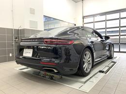 2021年12月までの新車保証を継承致します。ポルシェ新車保証は全国の正規ディーラーで対応可能で御座います。