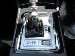 三菱独自のトランスミッション♪ SSTミッション搭載音符高トルクを制御してくれるとてもハイスペックな装備となります♪