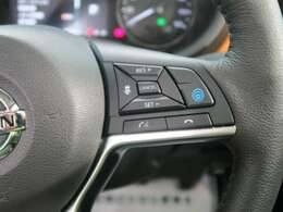 【プロパイロット】高速道路で便利な自動で速度を保つクルーズコントロールが、衝突軽減システムと連携し、前方の車両を感知して車間を保つように速度調節してくれます!!