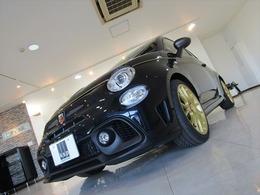 アバルト 595 スコルピオーネオーロ 限定200台 未使用車 ディーラー車 右ハンドル 5速マニュアル