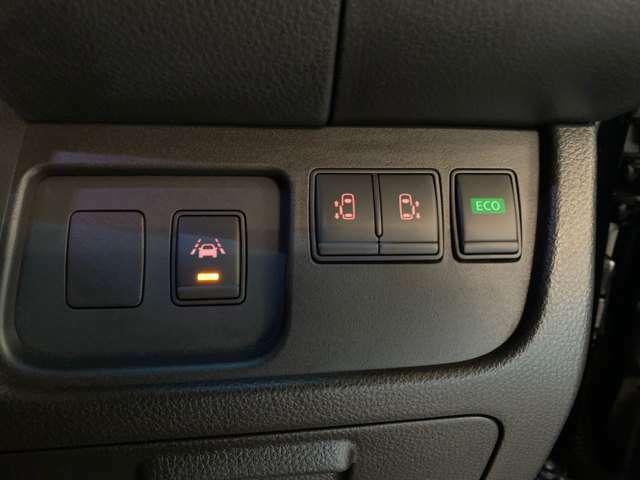 両側オートスライドドア☆運転席からでもボタン一つで作動できます☆