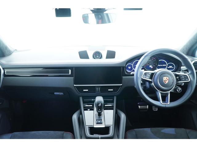運転席からの眺めです。SUVならではの視界の良さが特徴です!