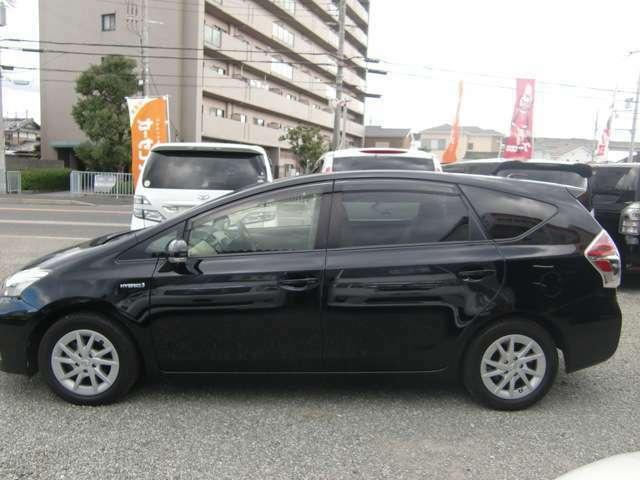 泉佐野市のミニバン専門店♪ミニバンやハイブリッド車を中心に、人気車種をお得なプライスで豊富にラインナップしております♪ぜひ他の在庫車両も当店在庫ページよりチェックしてみて下さいね♪