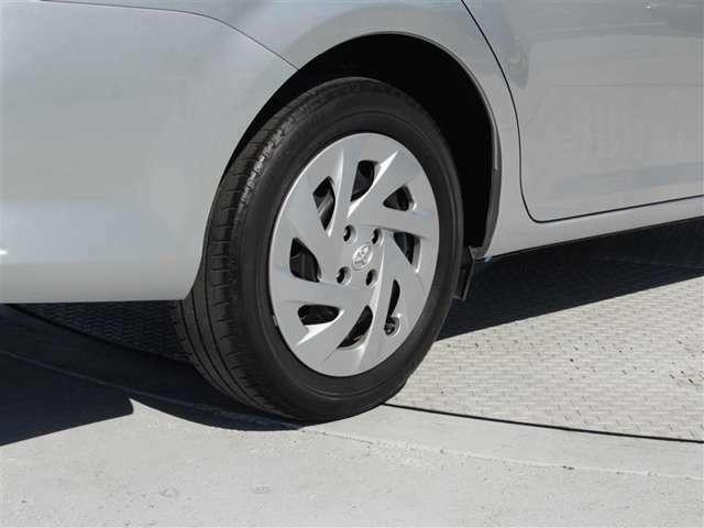 タイヤサイズは185/60R15!納車前の点検時にタイヤ交換させていただきます!