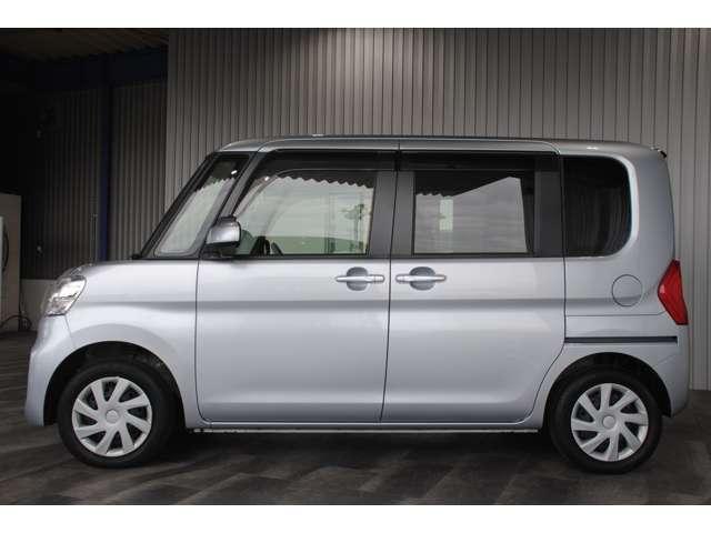 社外CDオーディオ・キーレス・Wエアバッグ・ABS・エコアイドル・電格ミラー・フロアマット・バイザー付です。