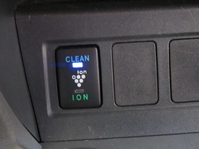 プラズマクラスター搭載で車内の空気もCLEANです!!