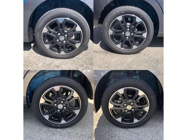 デザインがカッコイイ純正アルミホイール!タイヤも4本綺麗ですよ!