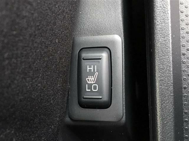 【シートヒーター】寒い冬でも自然な暖かさで快適にお過ごしいただけます。