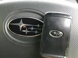 【スマートキー】鞄やポケットの中にキーを入れたままでもエンジンの始動や鍵の開け閉めができる便利な機能!