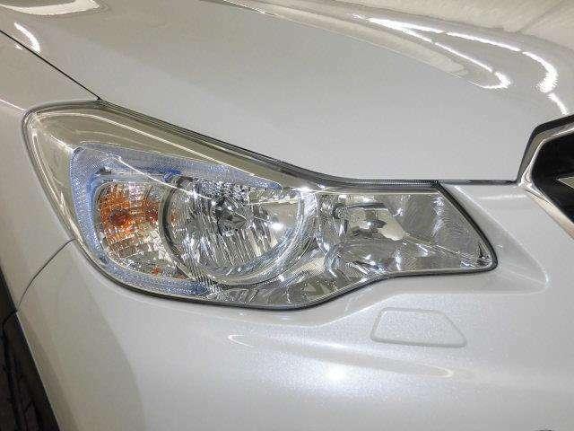 とても明るく夜間も安心のHIDヘッドライト搭載です!