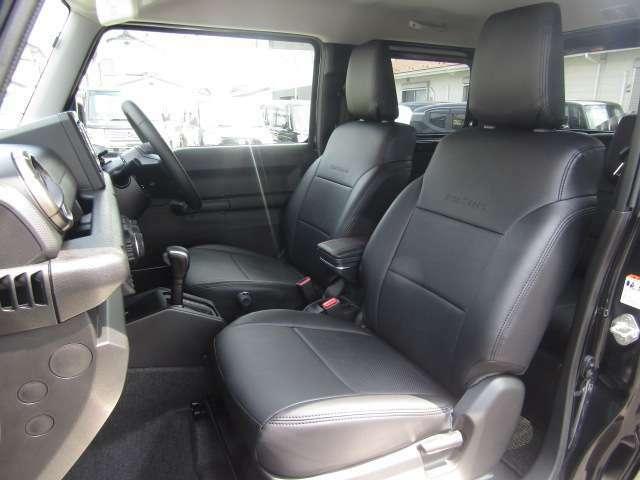 【GLAZZIO 革調シートカバー】キレイな状態でお車をご覧いただけます。LINEでのお問合せ、写真添付OKです。
