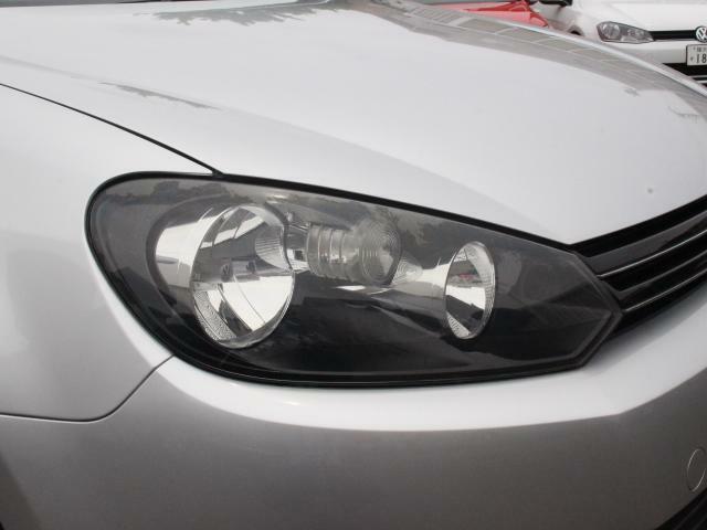 スタイリッシュなヘッドライトです。デザインにも当然こだわりがあります。