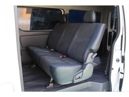 特別仕様車の為シート関係満足の内容となっております