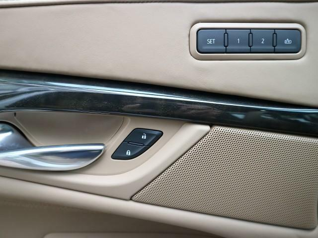 お客様の安心・満足を追及するために我々輸入車正規ディーラーがお届けする高品質車両の数々!ディーラーにできるサービスを是非、ご提供させてください!TEL:072-723-1167