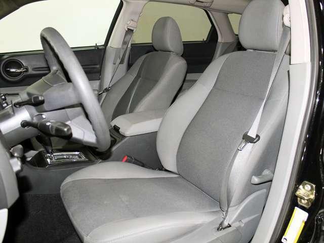 一部旧車を除き実走行・ディーラー車のみ取り扱いで御座います。