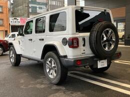 リアフォグランプが標準装備になっているため、天候の悪い日などにご使用頂くことにより、後続車からの追突防止に繋がります。安心してお乗り頂けます。