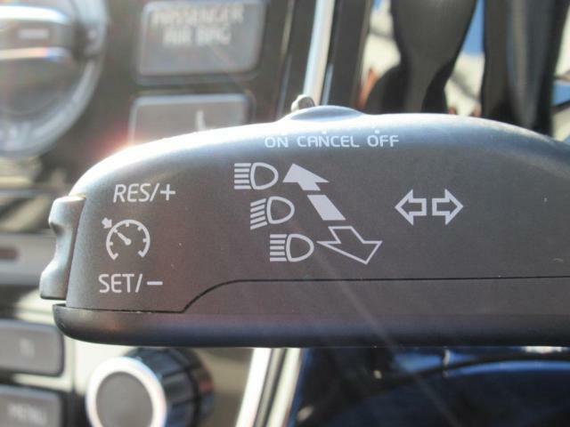 (クルーズコントロール)高速道路やバイパスなどで活躍するクルーズコントロール付きです。一定の速度を保った走行が可能で、長時間ドライブの疲労軽減にも一役。