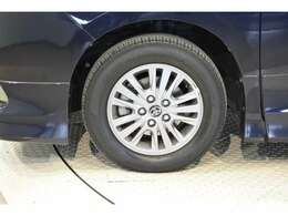 当社でご購入していただいた全ての車両はご納車前に、しっかり点検・整備してからのご納車になります。点検部位はエンジンオイル交換・ワイパーゴム・ブレーキ点検・調整・その他を確認の上ご納車致します。
