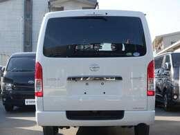 4WD/トヨタセーフティーセンス/パノラミックビューM/デジタルインナーM/両側パワースライドドア/スマートキー&エンジンプッシュスタート/ハーフレザーシート/LEDヘッドライト