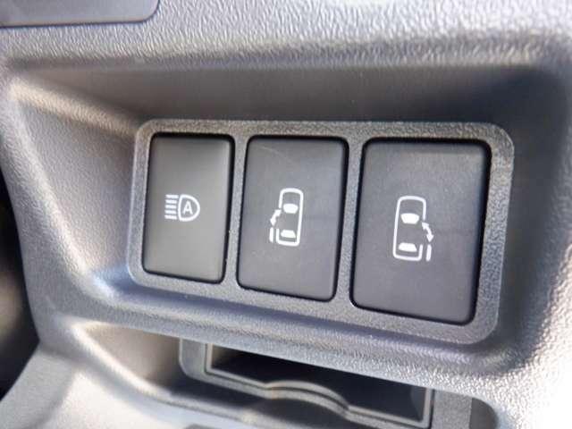 6型/4WD/デジタルインナーミラー/パノラミックビューモニター/トヨタセーフティセンス/LEDヘッドライト/両側パワースライドドア/スマートキー/AC100V電源