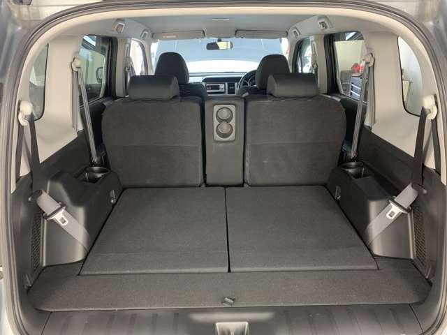 サードシート収納するとこんな感じです!通常はこうだろうねぇ!