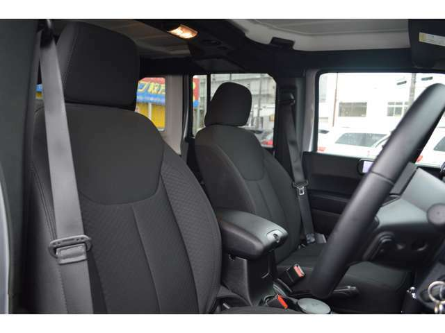 認定中古車は充実の保証!!ロードサービスも自動付帯となっております♪
