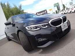 当社ではコーティングも承っております!BMWがお勧めいたしますイノベクションコーティングは塗装面を守りながら新車時の深い光沢と重厚なツヤを保ち続けることができます。愛車を長く綺麗な状態でお乗り頂けます!
