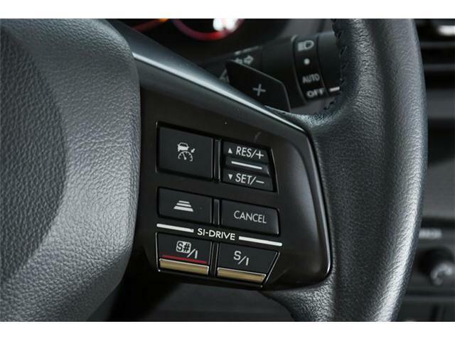 レーダークルーズコントロール搭載ですので、高速走行時の疲労軽減や燃費に役立ちます。