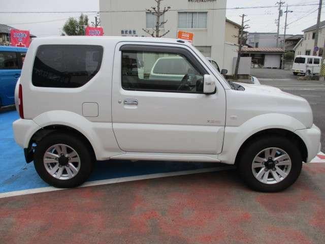 三重県津市にある 『LOTAS 畠山自動車』です。各種新車・中古車を販売しています。ご希望の中古車もさがします。