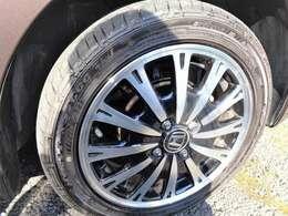 アルミも綺麗!タイヤも充分にあります^^