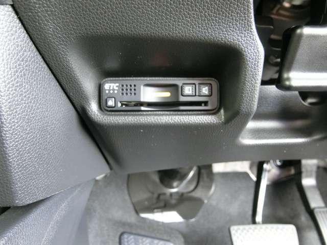 ETC車載器 ~ インパネ下部に設置、見た目もすっきり、外からも見えにくいので安心です