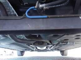 ボディ下回りも大変綺麗な状態で保たれております。 (左右ドライブシャフトブーツの破れもなく、錆や腐食、損傷なども御座いません)