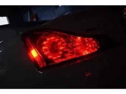 USのテールランプになります!!サイドマーカー点灯にレッドウインカーになります!!