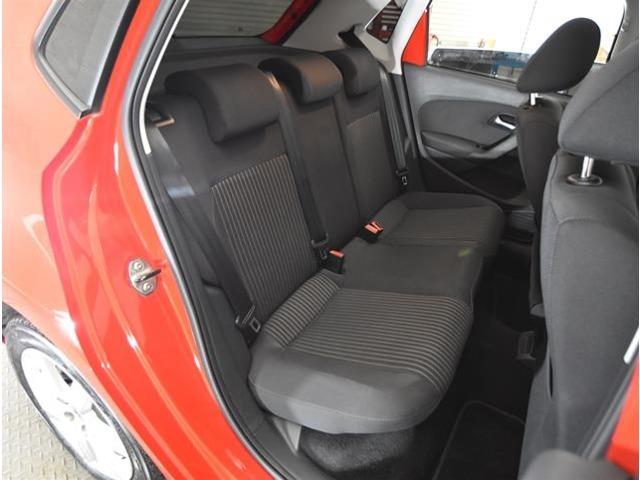 ワンオーナー車で内外装ともにとてもきれいです。