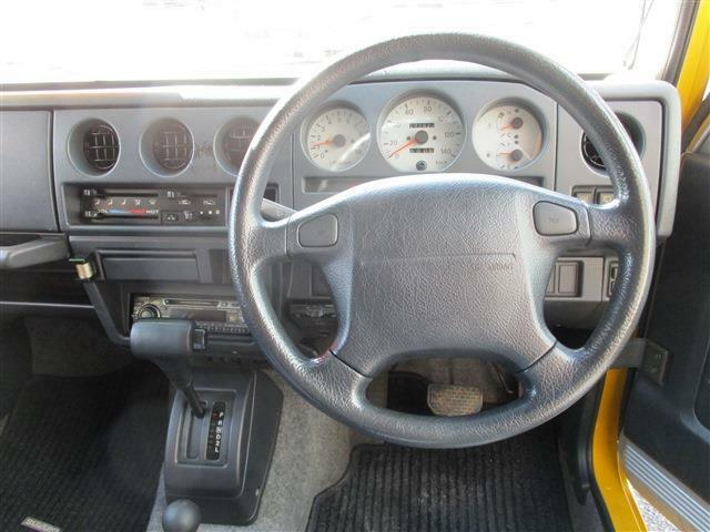 運転席のみエアバック付!