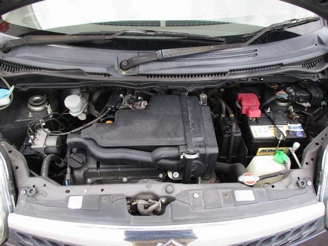 K6A型DOHC直列3気筒エンジン 10・15モード燃費21.0km/L(カタログ値)