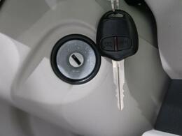●キーレスエントリー「ボタンで鍵の開閉が行えます★」