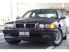 BMW 7シリーズ の中古車 740i 神奈川県藤沢市 99.7万円